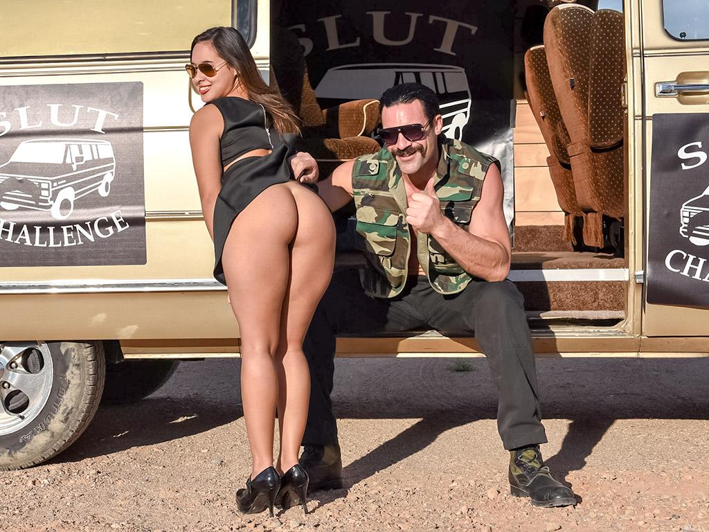 Sofia Nova - Slut Challenge Image 2